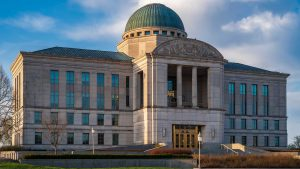 Iowa Supreme Court prohibits police from searching people's trash without a warrant