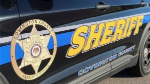 Six-year-old girl calls 911 to show her love for police; gets surprise visit from sheriff